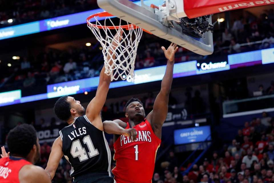 New Orleans Pelicans forward Zion Williamson goes to