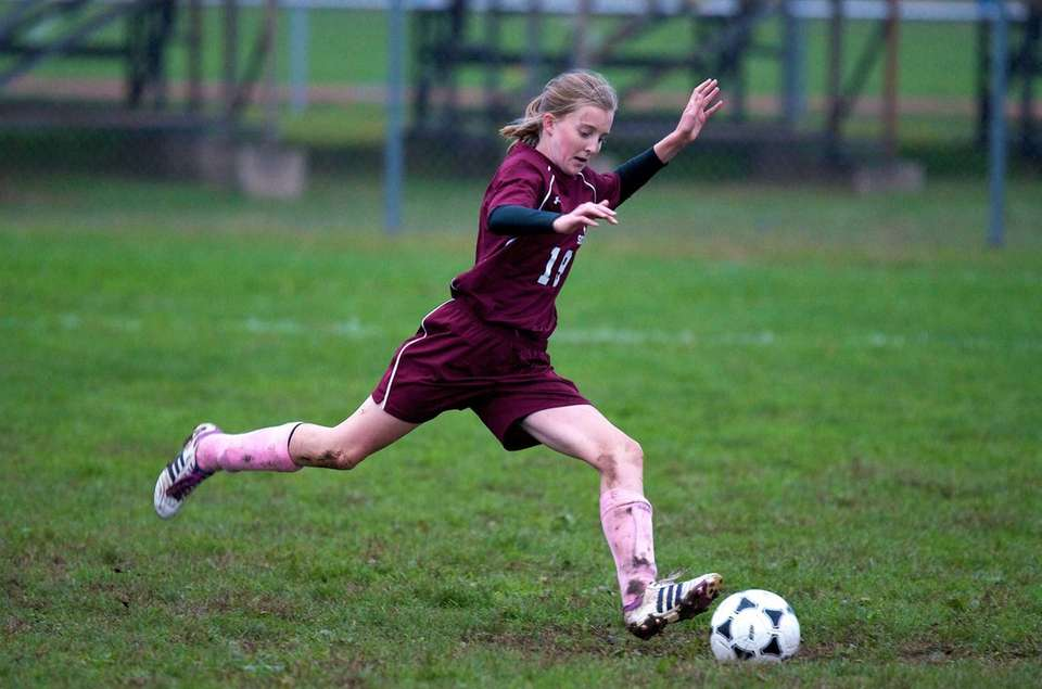 Mepham midfielder Erin Gilroy scores on a penalty
