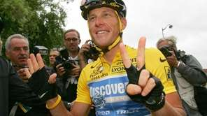 Lance Armstrong indicates he's just won his seventh-straight