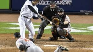 Raul ibanez hits a solo home run in