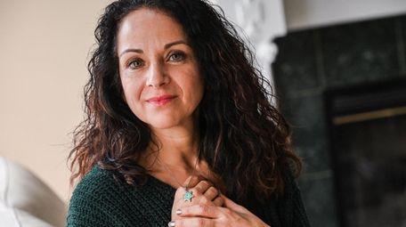 Lisa Zimmerman, of Holbrook, makes sure her Star