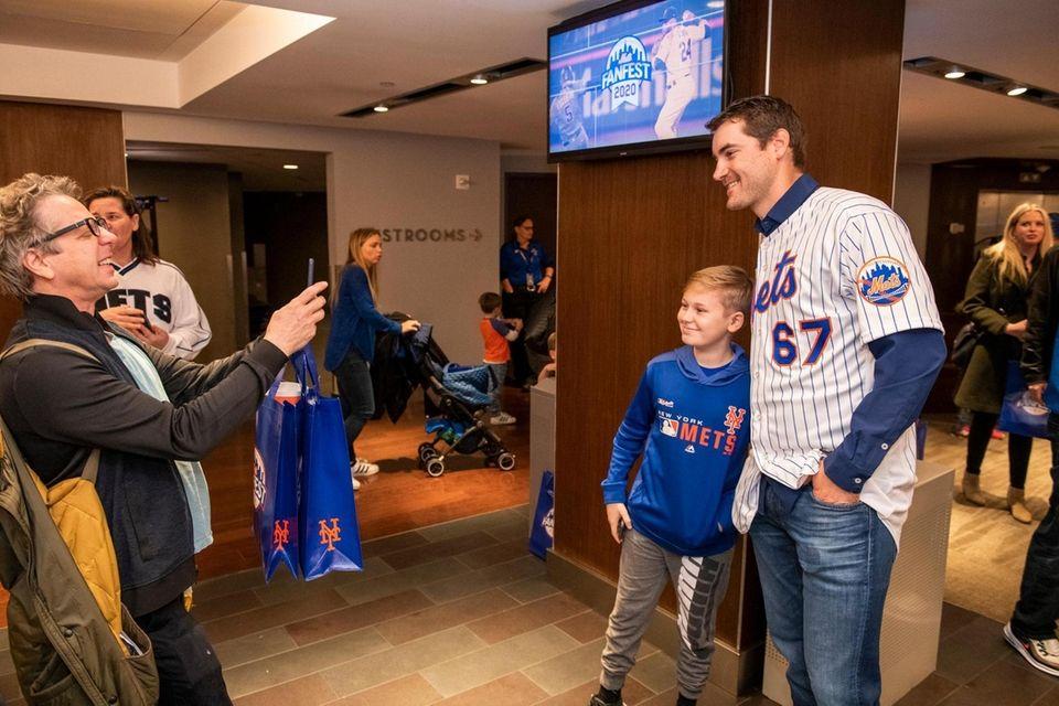 New York Mets pitcher Seth Lugo takes a