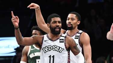 Nets guard Kyrie Irving and guard Spencer Dinwiddie