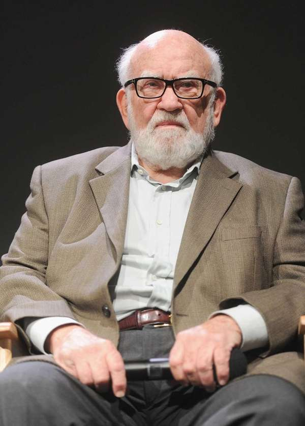 Ed Asner attends Meet The Cast of Broadway's