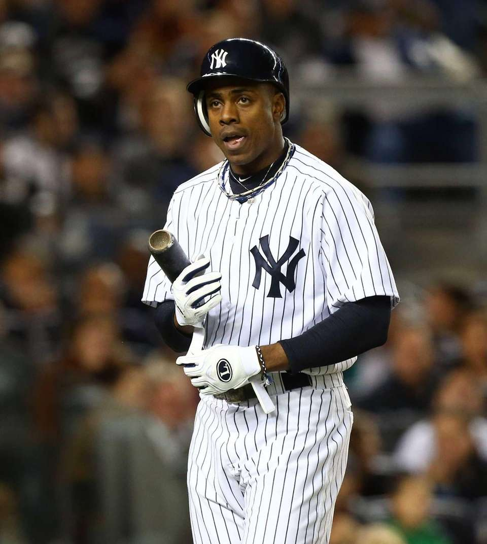 Curtis Granderson strikes out in fifth inning during