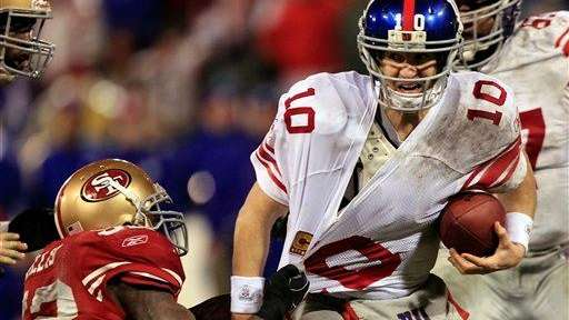 Eli Manning is sacked by San Francisco 49ers'