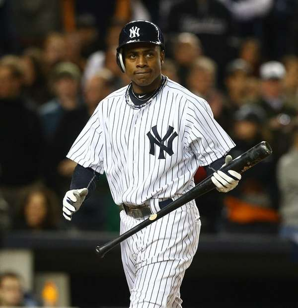 Curtis Granderson strikes out during the sixth inning
