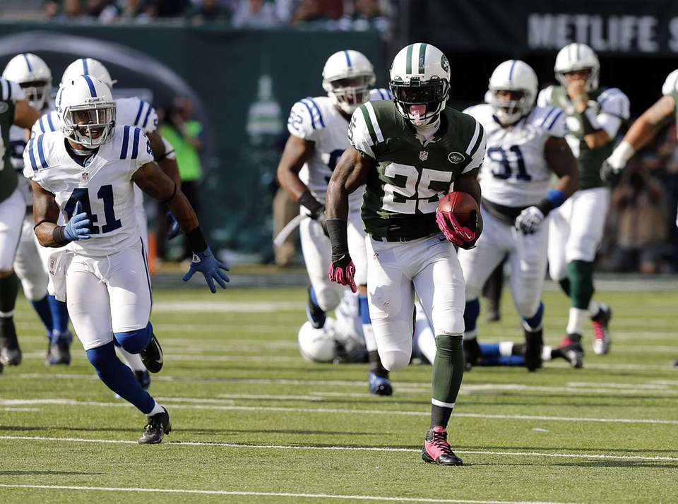 Joe McKnight breaks through the Colts defense on
