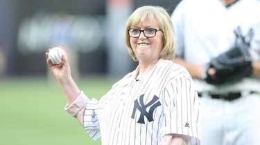 Diana Munson, widow of late Yankees catcher Thurman