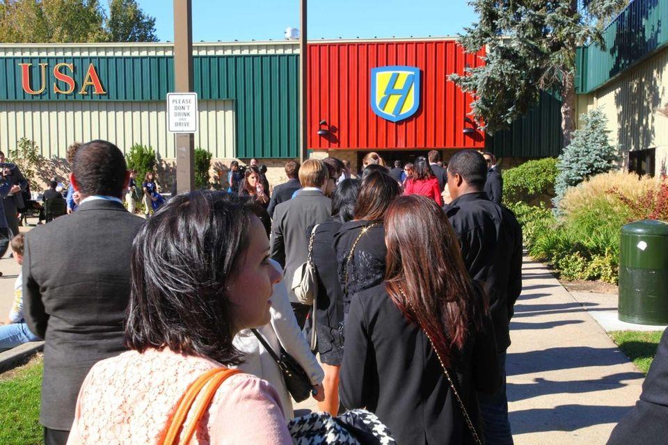 Debate ticketholders line up outside Hofstra University. (Oct.