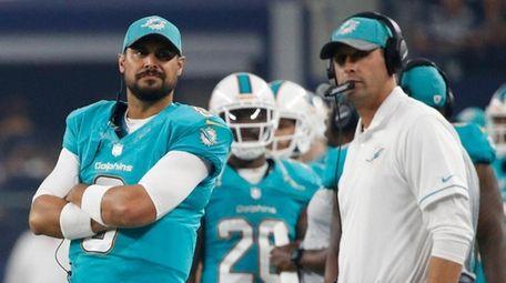 Dolphins assistant head coach/special team coach Darren Rizzi,