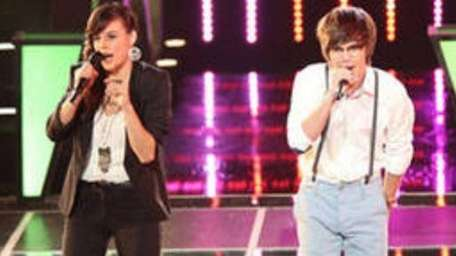Emily Earle and MacKenzie Bourg compete on the
