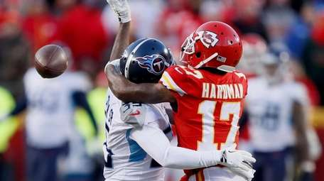 The Titans' Tramaine Brock is called for pass