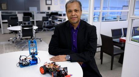 Steven Lindo says he founded SpringBoard Incubators Inc.