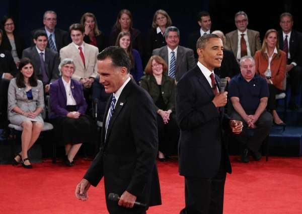 Republican presidential nominee Mitt Romney heads back to