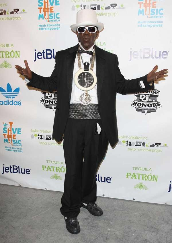 Rapper Flavor Flav attends the 2009 VH1 Hip