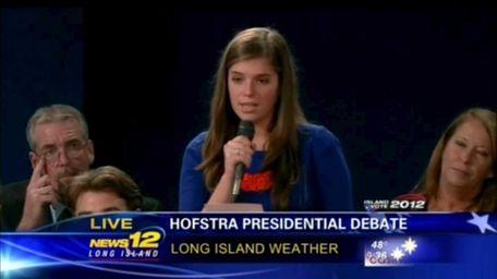 Katherine Fenton, an uncommitted voter, asks President Barack