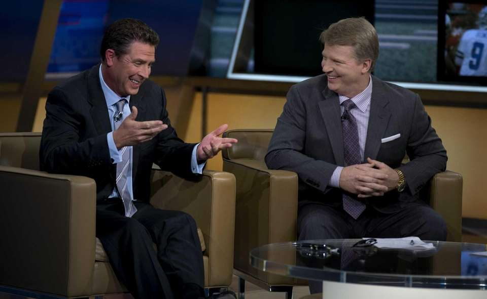 Phil Simms and guest host Dan Marino share