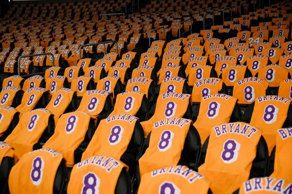 The Los Angeles Lakers honor the late Kobe