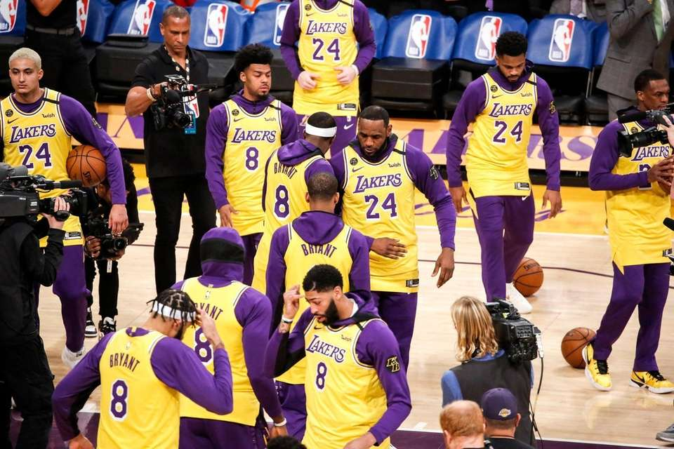 Los Angeles Lakers players wear No. 24 and