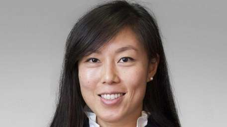Lucia F. Deng, of Manhattan, has joined Nixon
