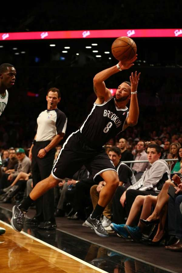 Deron Williams keeps the ball in bounds during