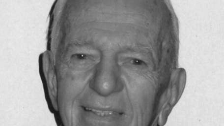 Vincent Anthony, of New Hyde Park, died Sept.