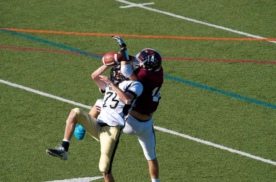 Wantagh defensive back Brandon Watson breaks up a