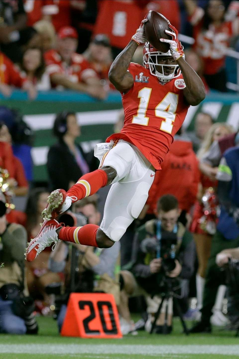 Kansas City Chiefs' Sammy Watkins catches a pass
