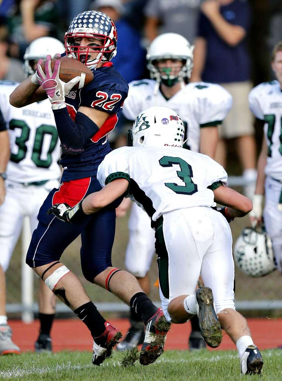 Miller Place wide receiver Austin Yezarski catches the