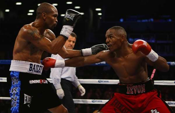 Randall Bailey and Devon Alexander exchange punches during