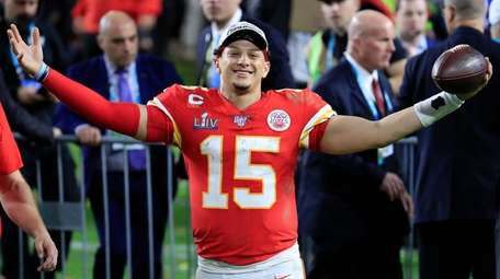 Patrick Mahomes of the Chiefs celebrates after defeating