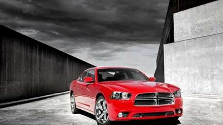 The 2012 Dodge Charger R/T's warning system will