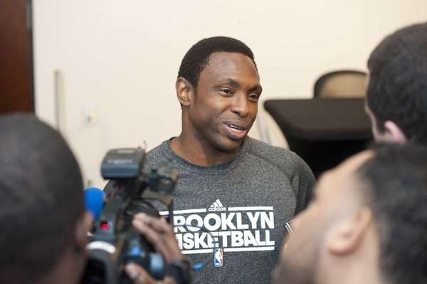 Brooklyn Nets head coach Avery Johnson gives an