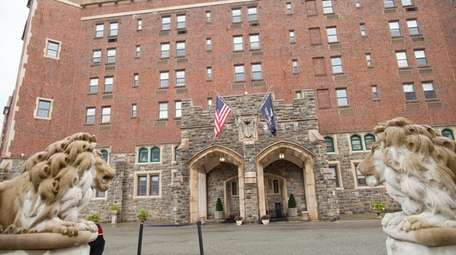 Exterior foyer view of historic Thayer Hotel at