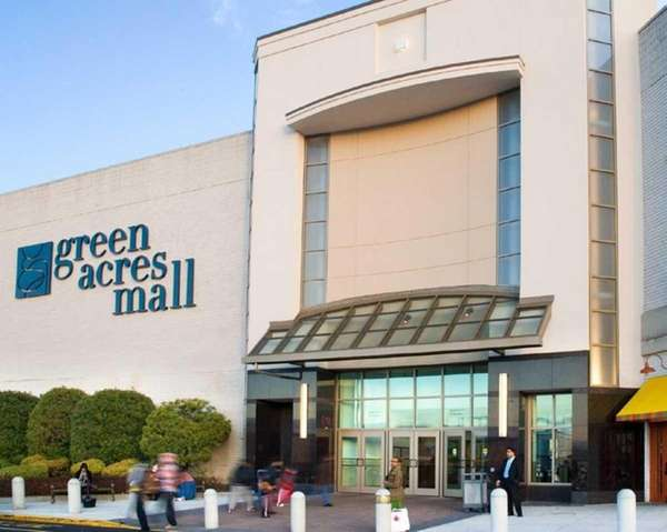Green Acres Mall is located in Valley Stream.