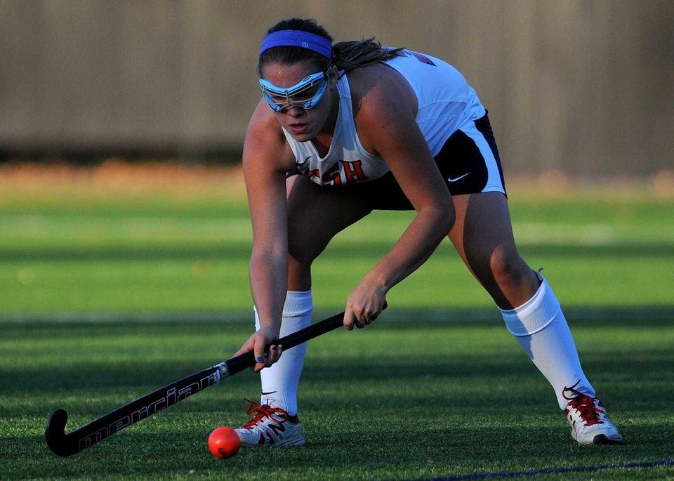 Cold Spring Harbor's Haley Crosson prepares to shoot