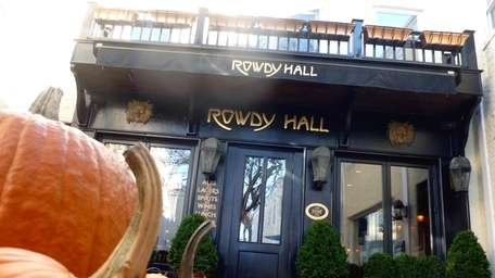 Rowdy Hall in East Hampton in an autumnal