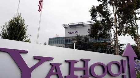 Yahoo quarterly earnings and revenue exceed expectations after