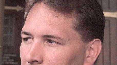 Dennis Byrd, a Jets player who was paralyzed