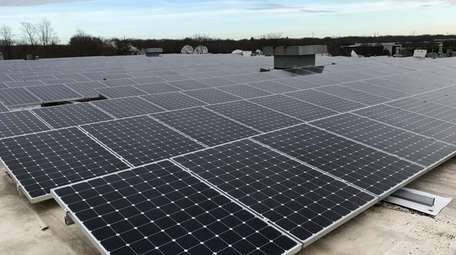 A community solar project atop Long Island Cares