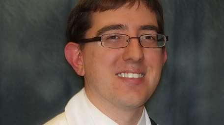 Dr. Jonah Feldman has been named an attending