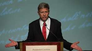 Libertarian Party presidential candidate Gary Johnson makes a
