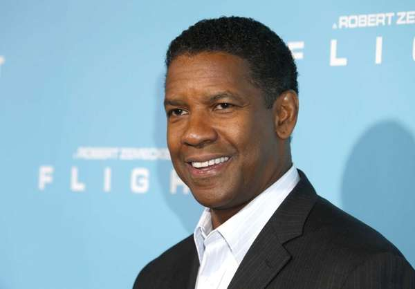 Denzel Washington arrives to the LA Premiere of