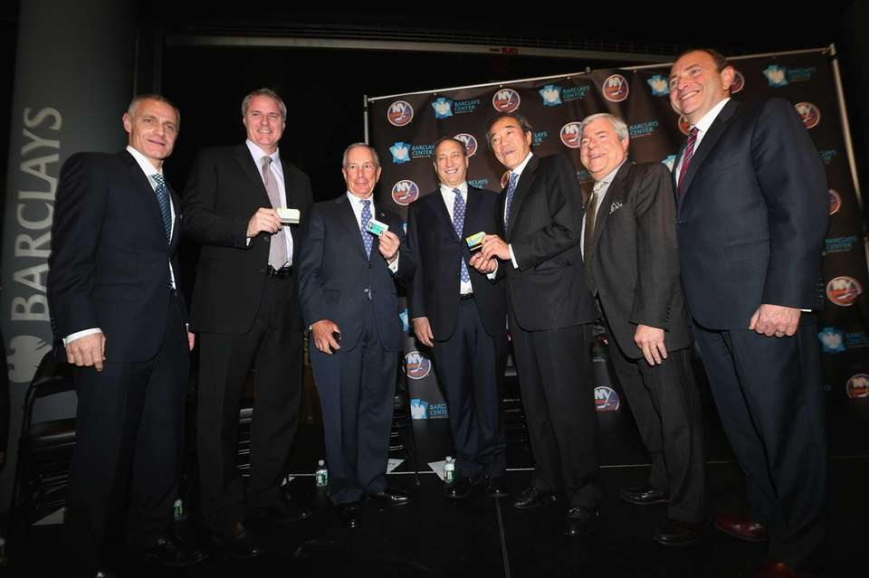 From left, Nets CEO Brett Yormark, Islanders general