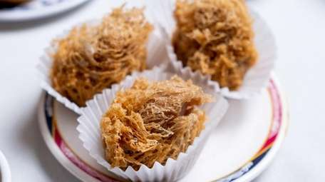 Crispy taro cake comes with minced meat or