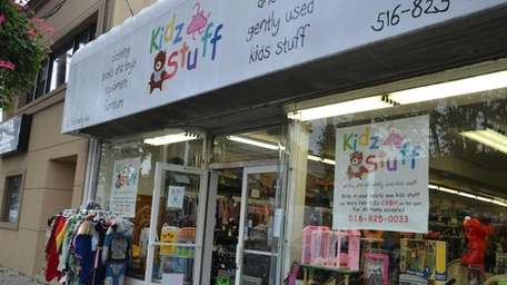 Kidz Stuff, a children's consignment shop, is located