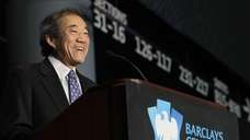 Islanders owner Charles Wang attends a news conference