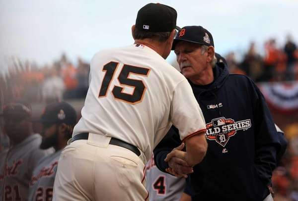 San Francisco Giants manager Bruce Bochy shakes hands