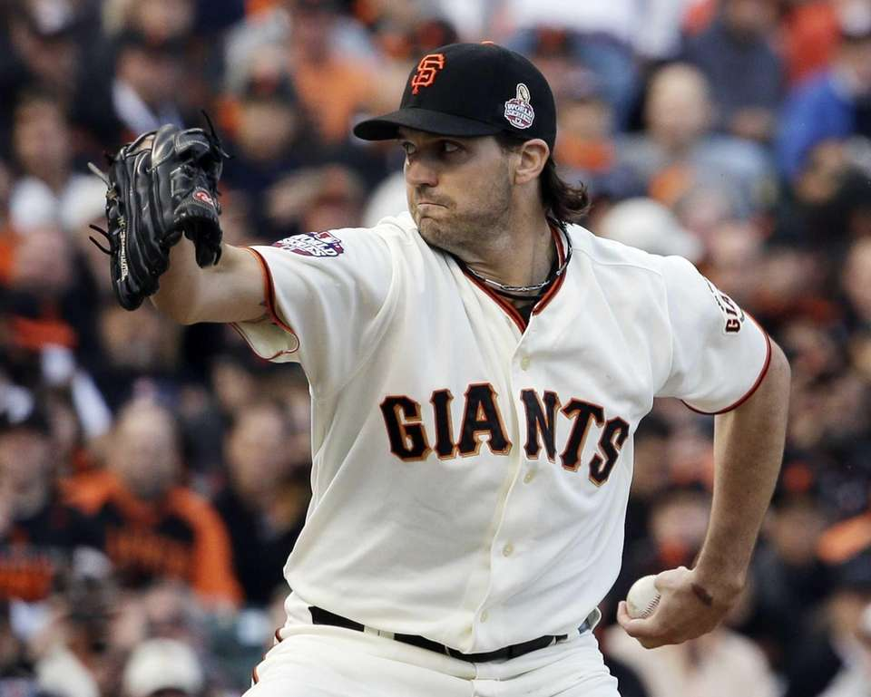 San Francisco Giants starting pitcher Barry Zito delivers